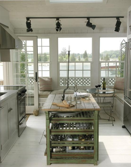 beach-cottage-kitchen-white-wood