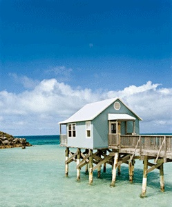 beach-cottage-stilts
