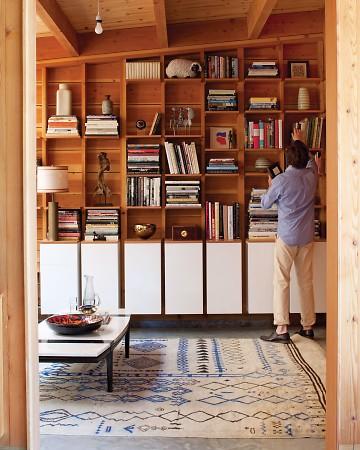 beach-house-books-0811mld107442_vert