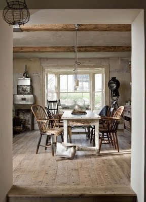 rustic-kitchen-weathered-wood
