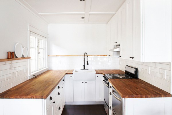 simple-basic-cottage-kitchen