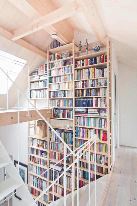 high-light-wood-book-shelf