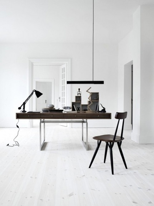 minimal-bright-office