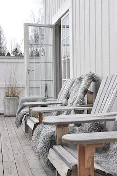 outdoor-patio-deck-inspiration-posted-on-daily-milk (29)